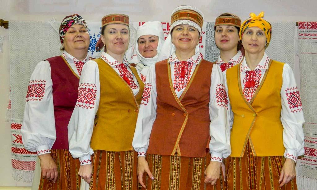 Народный клуб «Крылы творчасці» Квасыничского центра ремёсел