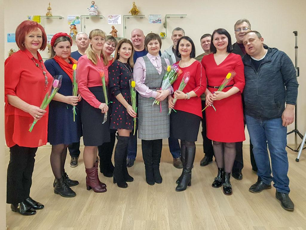 Работники Слуцкого РЦНТ поздравили коллег с женским днем - 8 марта